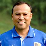 Coach Wes Reis